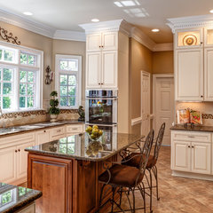 traditional kitchen by Case Remodeling