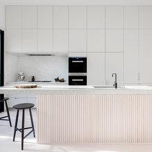 10 Decorative Ideas for Your Kitchen Island Facade