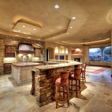 Traditional Kitchen by The Marta Walsh Group | Russ Lyon Sotheby's