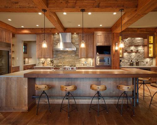 ejemplo de cocina de galera rstica grande con armarios estilo shaker puertas