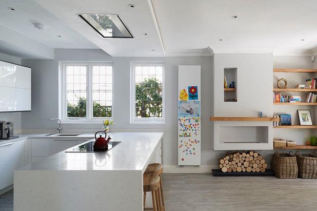コンテンポラリー キッチン by Subtle Interiors Ltd