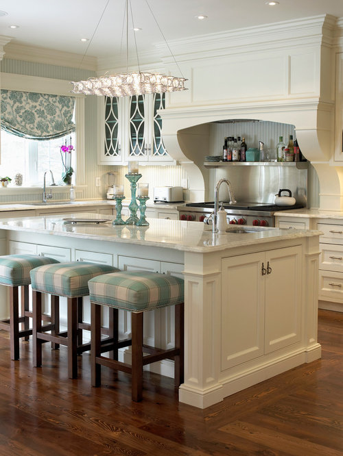 Country Cream Colored Kitchen Cabinets