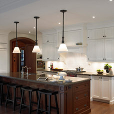 Traditional Kitchen by Thomas Cochren Homes