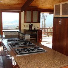 Modern Kitchen by Amy Hart, Interior Designer