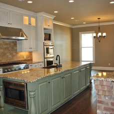 Traditional Kitchen by Mandy Lawrence Interior Design