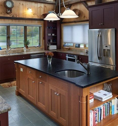 Foto e idee per cucine cucina in campagna con for Piastrelle paraspruzzi per cucina
