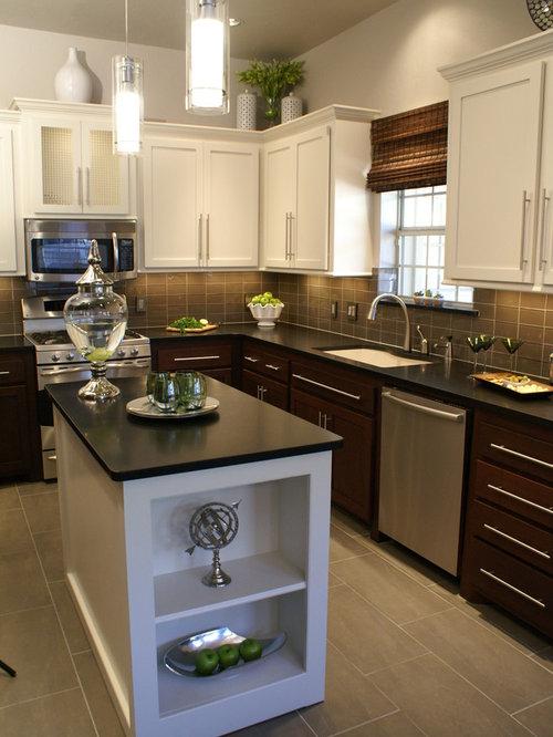 Golden Oak Kitchen Design Ideas & Remodel Pictures