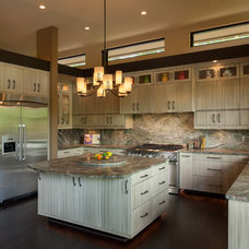 Traditional Kitchen by McSpadden Custom Homes