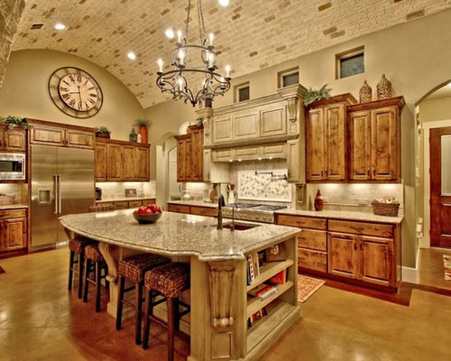 Rustic kitchen design ideas remodels photos with yellow for Rustic yellow kitchen