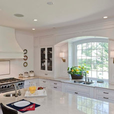 Contemporary Kitchen by Synergy Builders Inc.