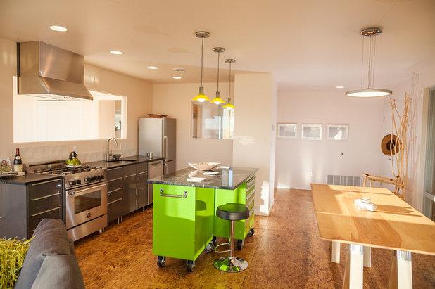 Modern Küche by Nick Pancheau, AIA
