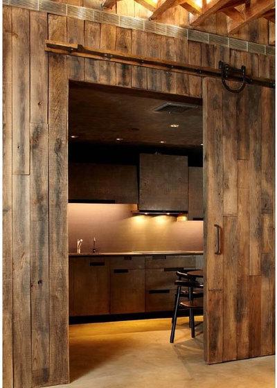 ラスティック キッチン by Narofsky Architecture + ways2design