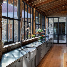 Rustic Kitchen by Rehme Steel Windows & Doors