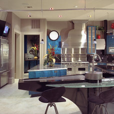 Contemporary Kitchen by Collaborative Design Group-Architects & Interiors