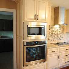 Traditional Kitchen by Lustig Custom Cabinets