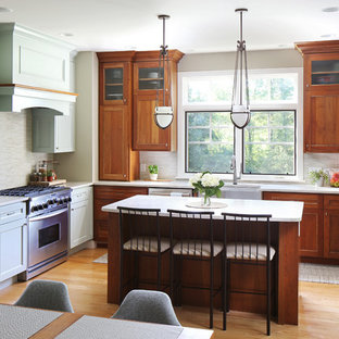 Superieur Craftsman Eat In Kitchen Inspiration   Example Of An Arts And Crafts  U Shaped