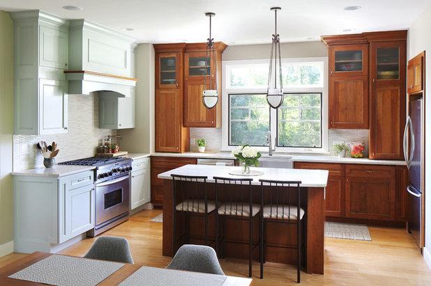Craftsman Kitchen by Copper Acorn Interior Design Studio