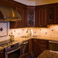 Traditional Kitchen by Rob Boram Construction, Inc.