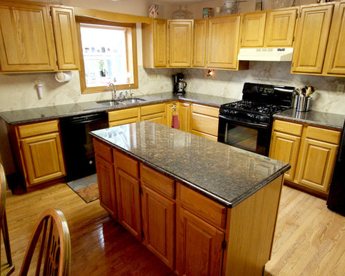Red kitchen design ideas renovations photos with light for Kitchen cabinets 12x12