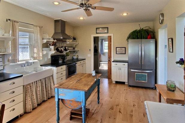 Craftsman Kitchen by Image Design LLC