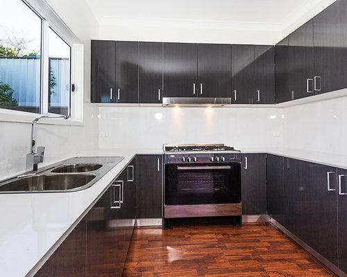 Fotos de cocinas dise os de cocinas con suelo laminado y - Tamano azulejos cocina ...