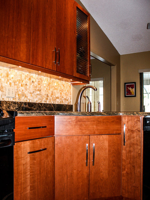 Transitional kitchen design ideas renovations photos for Cabico kitchen cabinets reviews