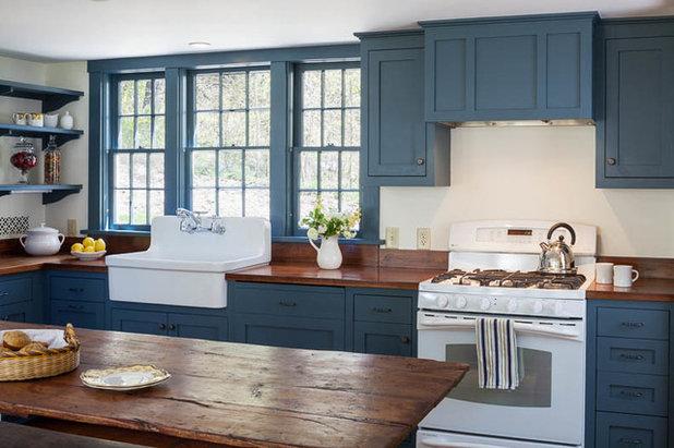 Farmhouse Kitchen by Platt Builders