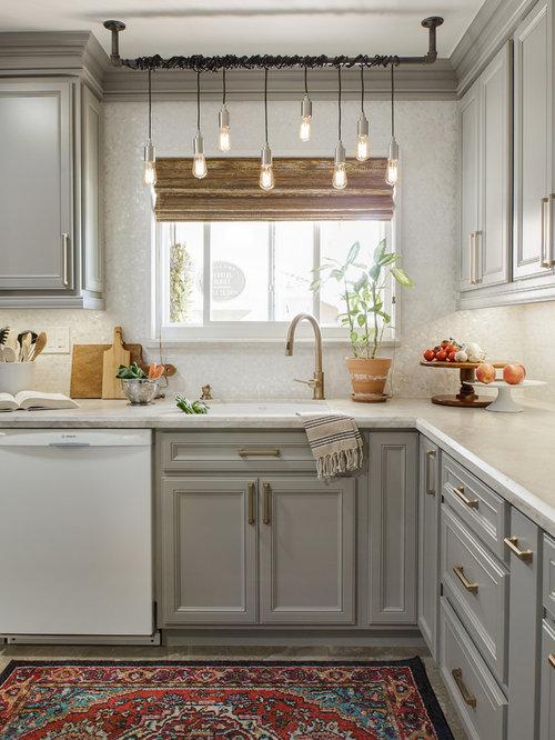 Mid Sized Scandinavian Kitchen Design Ideas Remodel