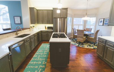 Gray Cabinets Update a Texas Kitchen