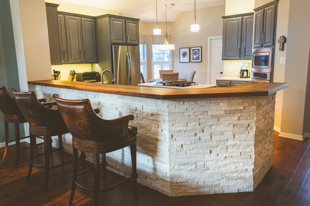 Transitional Kitchen By Heather Banks