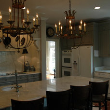 Traditional Kitchen by Colman Riddell Interiors