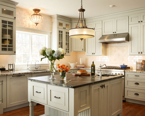 Mid sized traditional open concept kitchen designs  u shaped Kitchen Cabinet Hardware Houzz