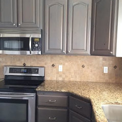 Elegant Gray Stained Kitchen Cabinets