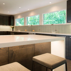 Modern Kitchen by Denny and Gardner