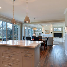 Contemporary Kitchen by Great Neighborhood Homes