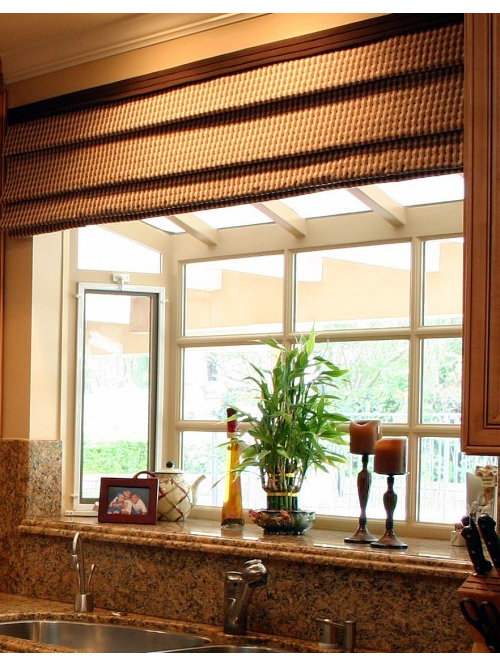 elegant kitchen photo in los angeles - Kitchen Garden Window Ideas
