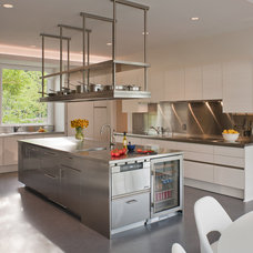 Contemporary Kitchen by BOWA