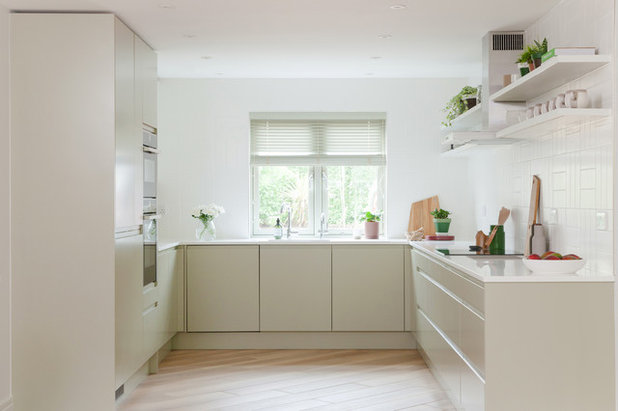 Scandinavian Kitchen by colour + shape