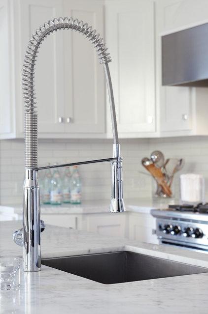 Contemporary Kitchen by Urrutia Design