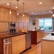 Contemporary Kitchen by Suzette Sherman Design
