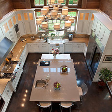 Traditional Kitchen by Riemer Kitchens & Fine Cabinetry