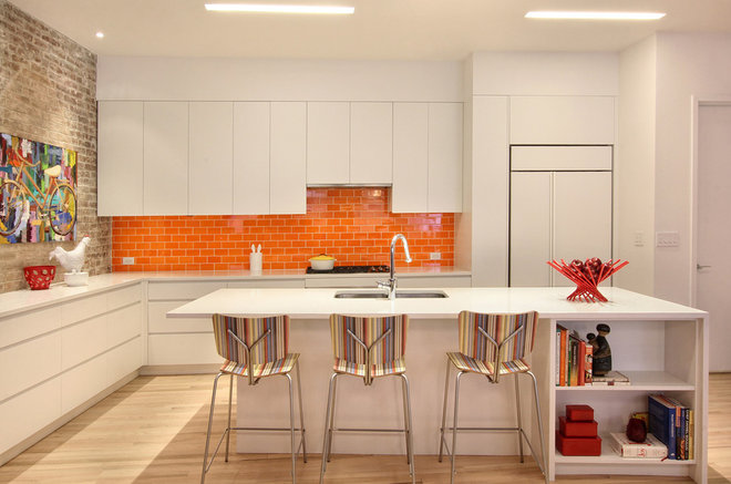 Contemporary Kitchen by Ghislaine Viñas Interior Design
