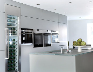 Grey & Frosted Glass Kitchen - Buckinghamshire Residence