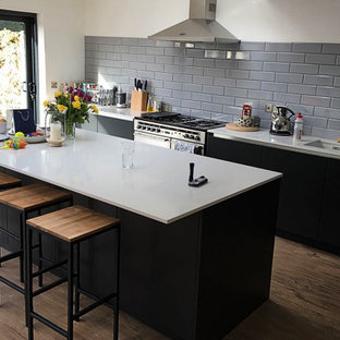 Grey Handle-less Kitchen