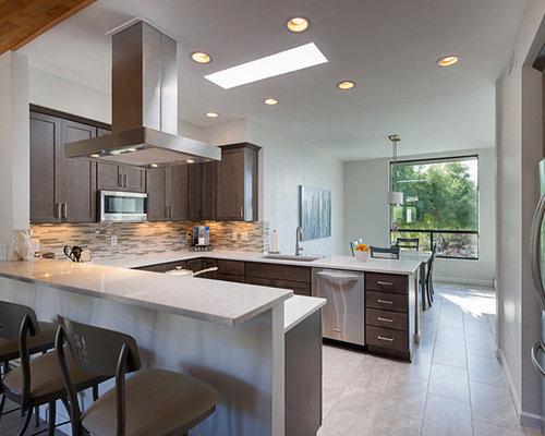 Cucina moderna con pavimento in laminato foto e idee per - Pavimento laminato in cucina ...