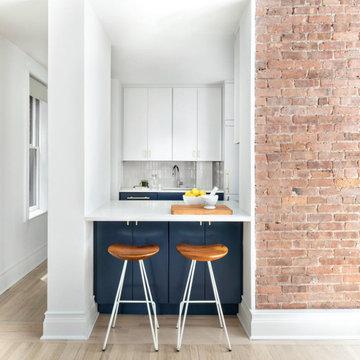 Grey Kitchen Tiles for Apartment Backsplash