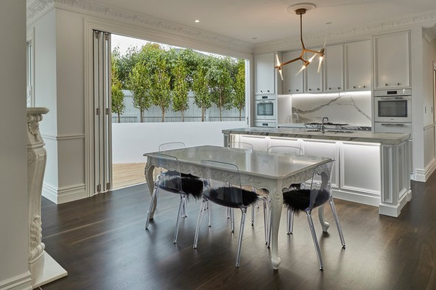 Contemporary Kitchen by KMD Kitchens