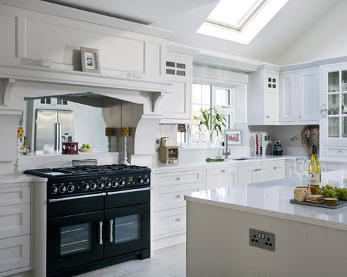A grey painted kitchen dublin ireland for Kitchen ideas dublin