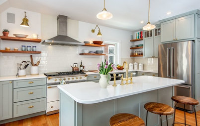 Kitchen of the Week: A Roomier Space With Classic Good Looks