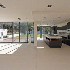 Contemporary Living Room by Nicolas Tye Architects